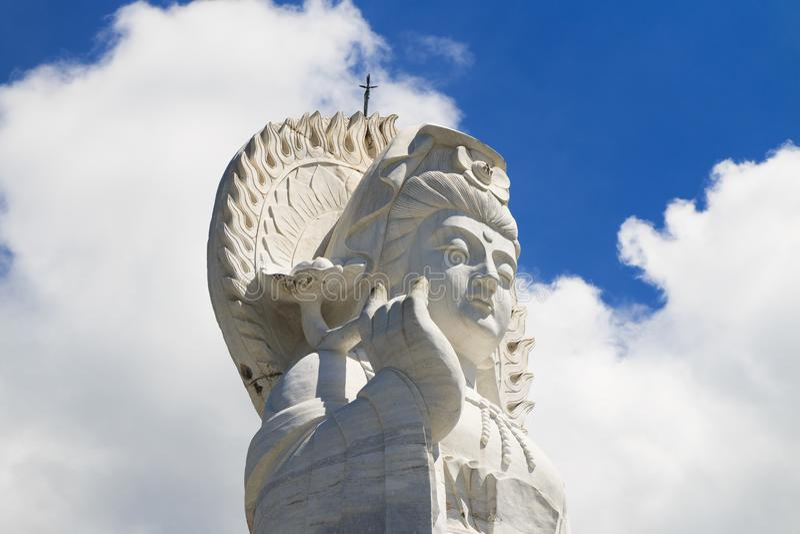 Ciérrese encima de la estatua de Guan Yin del retrato foto de archivo libre de regalías