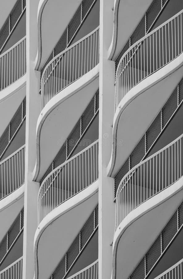 Ciérrese encima de la imagen de los balcones del hotel fotos de archivo libres de regalías