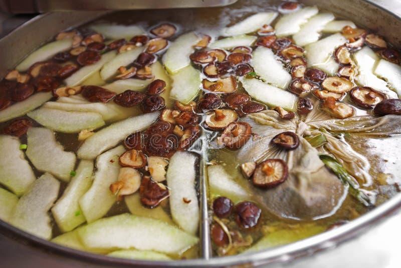 Download Ciérrese Encima De La Sopa Vegetariana China Imagen de archivo - Imagen de sopa, seta: 42439957