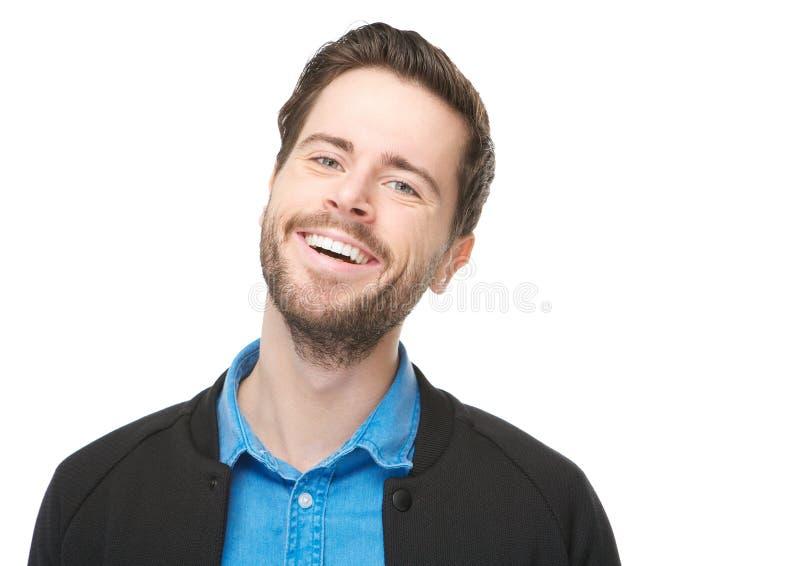 Ciérrese encima del retrato de un hombre joven feliz con la barba fotografía de archivo libre de regalías