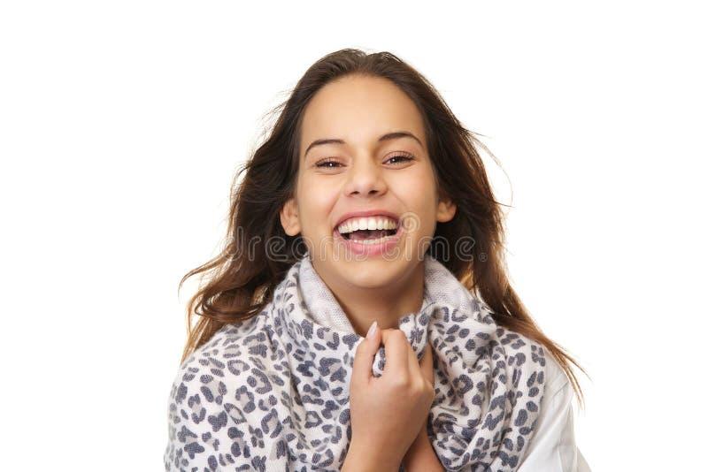 Ciérrese encima del retrato de una risa de la mujer joven fotos de archivo libres de regalías