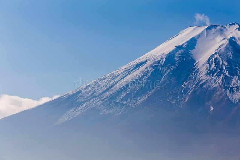 Download Ciérrese Encima Del Soporte Fuji, Japón Foto de archivo - Imagen de dramático, fujiyama: 64205260