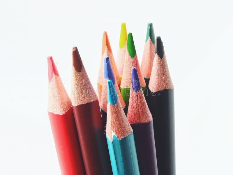 Ciérrese encima del tiro macro de las semillas del lápiz de la pila del lápiz del color imagenes de archivo