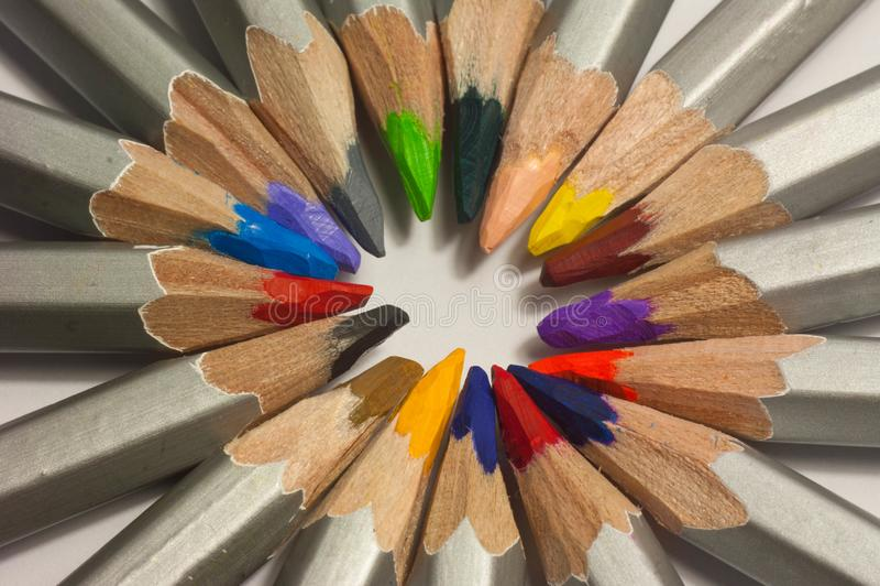 Ciérrese encima del tiro macro de las semillas del lápiz de la pila del lápiz del color imágenes de archivo libres de regalías