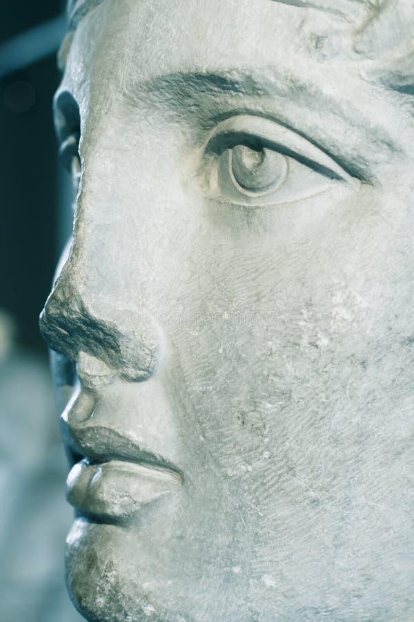 Ciérrese para arriba de cara de la estatua de mármol fotos de archivo libres de regalías