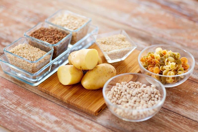 Ciérrese para arriba de la comida del carbohidrato imagen de archivo