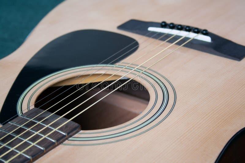 Ciérrese para arriba de la guitarra imágenes de archivo libres de regalías