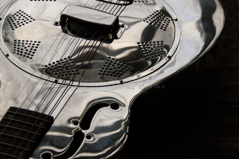 Ciérrese para arriba de la guitarra del dobro foto de archivo libre de regalías