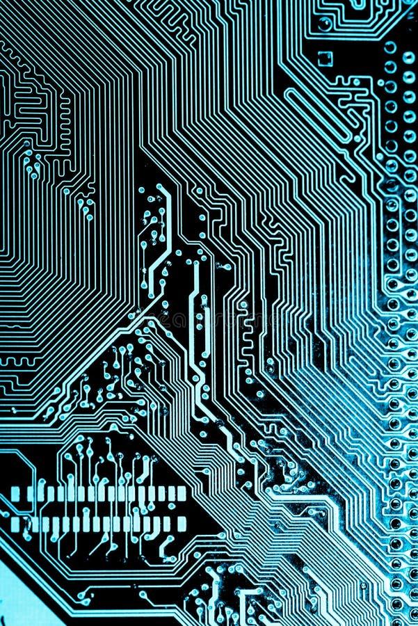 Ciérrese para arriba de los circuitos electrónicos en el tablero de lógica del fondo del ordenador de la tecnología de Mainboard, imagenes de archivo