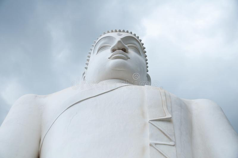 Ciérrese para arriba de Samadhi Buda en Kurunegala, Sri Lanka foto de archivo