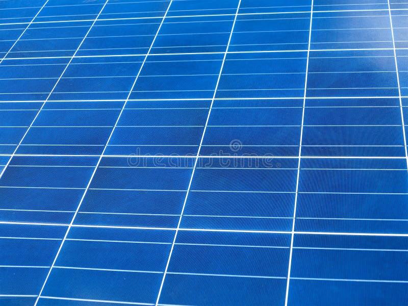 Ciérrese para arriba de textura azul del cuadrado del panel solar fotos de archivo libres de regalías