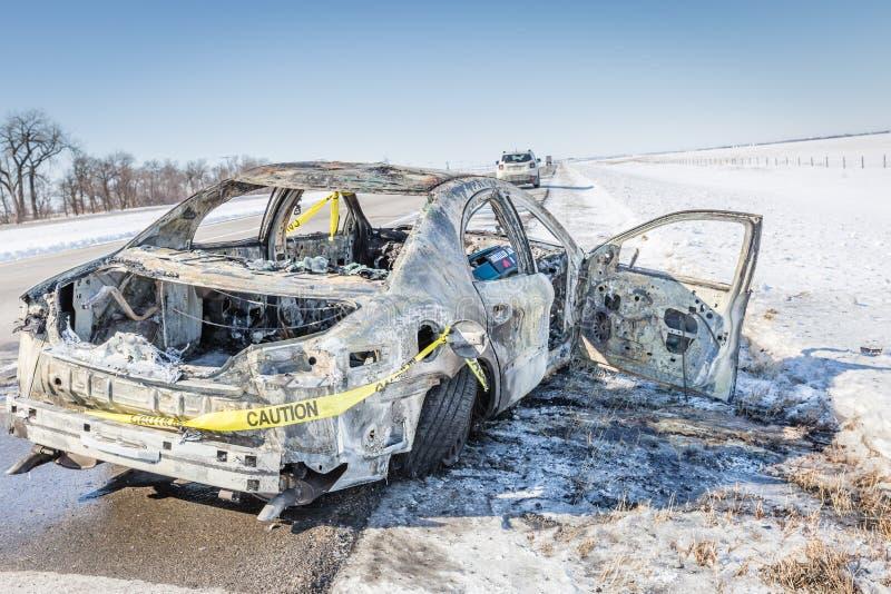 Ciérrese para arriba de una cinta del coche del quemar con cautela imágenes de archivo libres de regalías