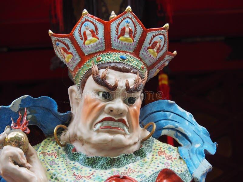 Ciérrese para arriba de una estatua en el Wong Tai Sin Temple en Hong Kong, China imágenes de archivo libres de regalías