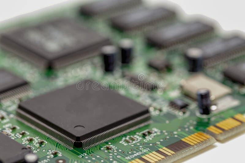 Ciérrese para arriba de una placa de circuito del ordenador fotos de archivo