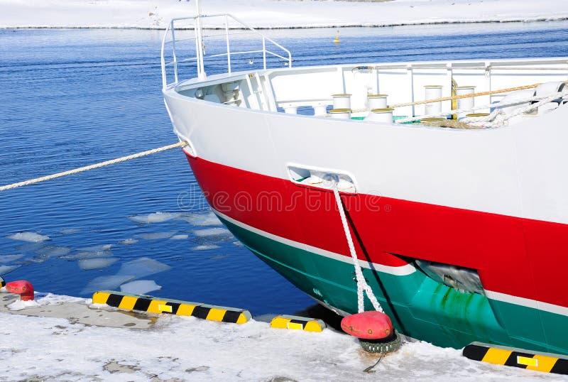 Ciérrese para arriba del barco del hielo de deriva imágenes de archivo libres de regalías
