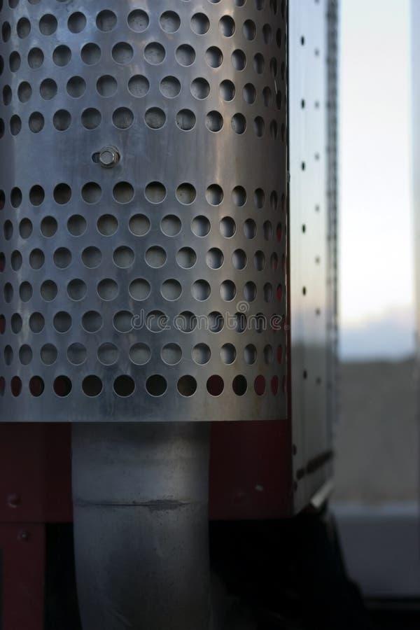 Ciérrese para arriba en semi un tubo fotografía de archivo