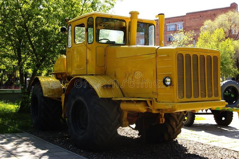 Ciągnik K-700 Kirovets obrazy royalty free