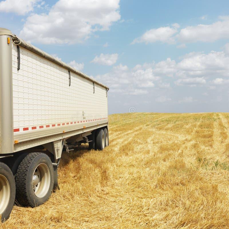 ciężarówka przyczepy ciągnika zdjęcia royalty free