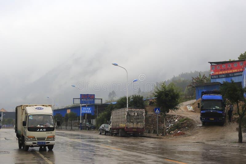 Ciężarówka w deszczu fotografia stock