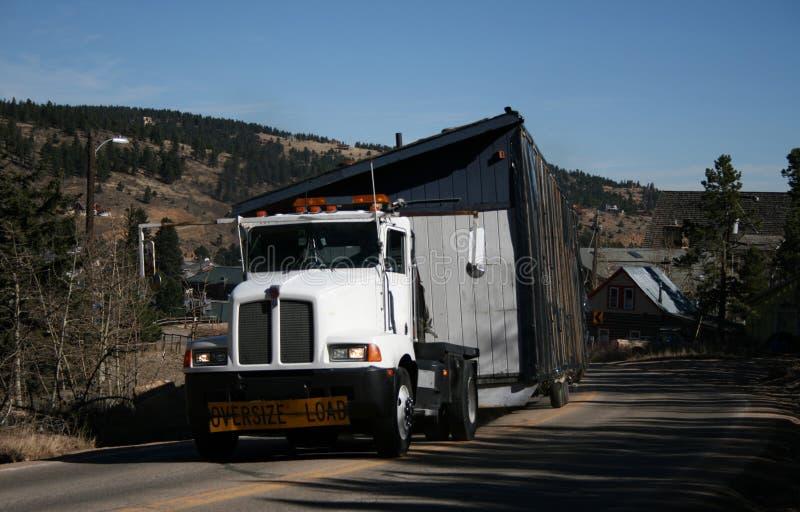 ciężarówka w domu zdjęcia stock