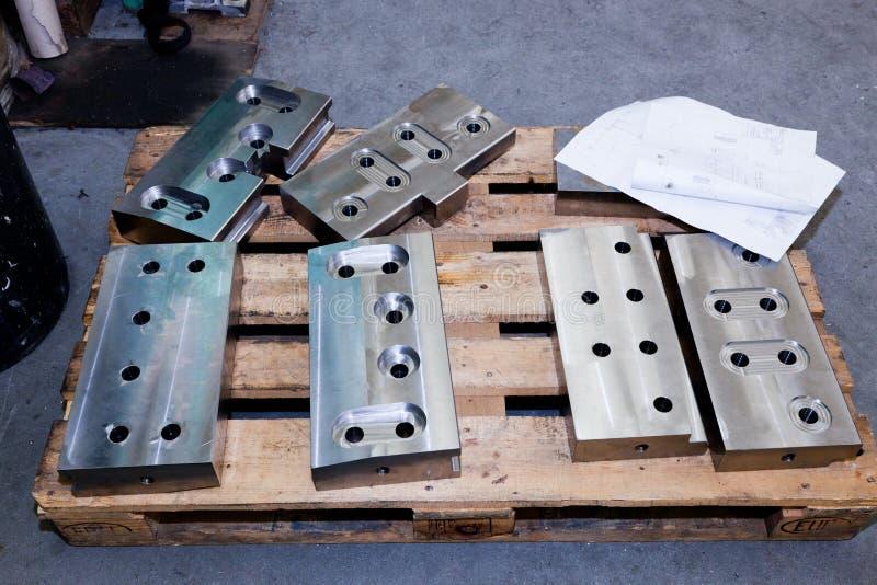 Ciężcy przemysłowi stoczniowi elementy, narzędzia Przemysł obraz royalty free