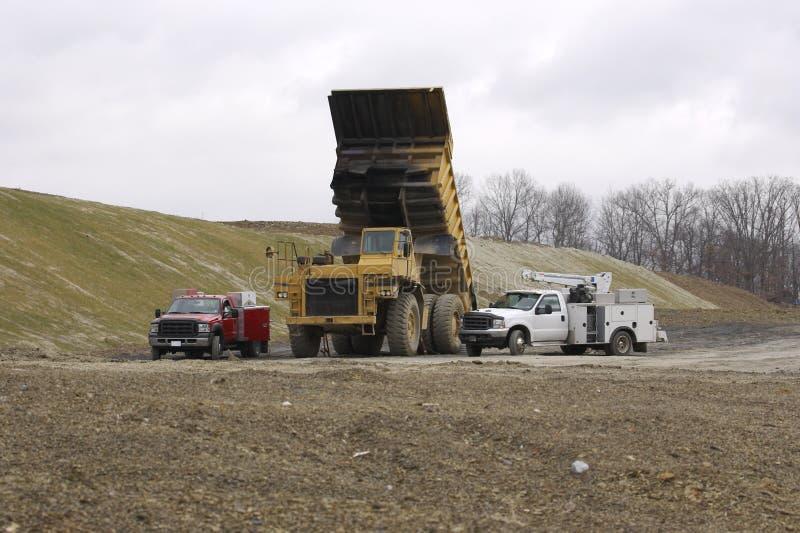 ciężka ciężarówka śmietnik naprawy fotografia royalty free