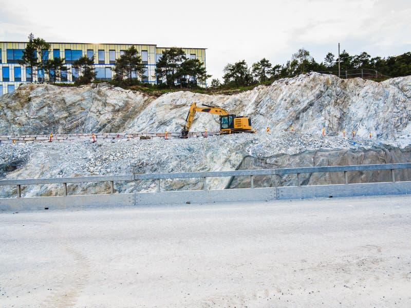 Ciężki maszynowy działanie na budowie, Norwegia zdjęcia royalty free