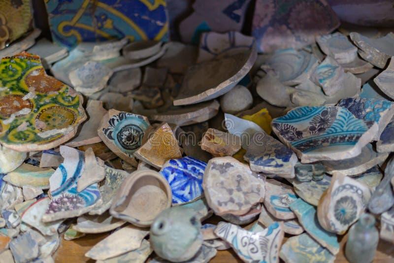 ci?ncia Arqueologia cl?ssica Século da cerâmica 10-11 do estuque e da cerâmica de eslavo fotografia de stock