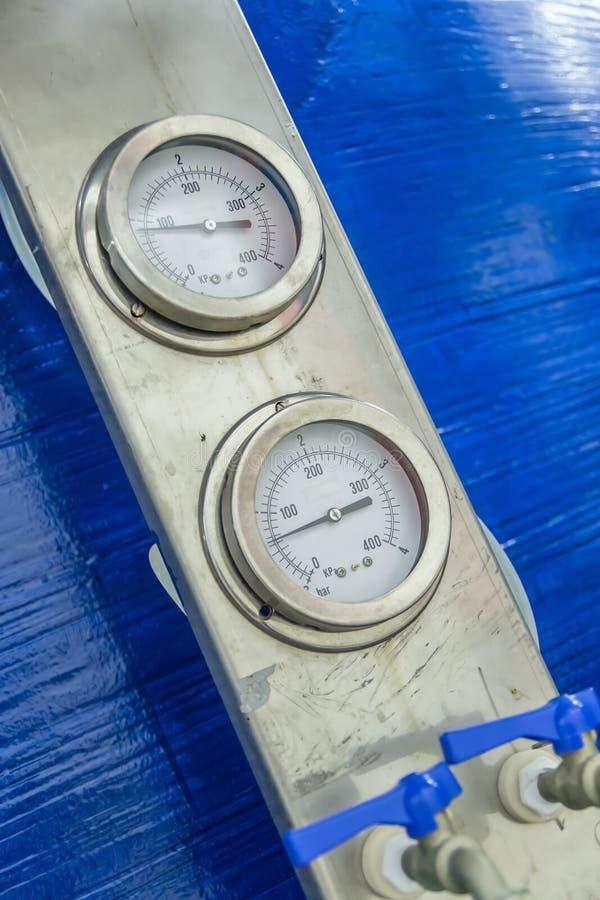 Download Ciśnieniowi Wymierniki obraz stock. Obraz złożonej z pomiar - 27171607