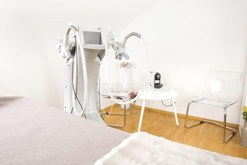 Ciało kształtująca klinika z postępowym wyposażeniem obrazy royalty free