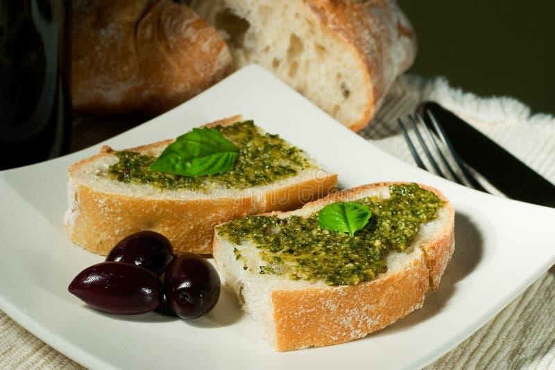 Download Ciabatta, Pesto Y Aceitunas Imagen de archivo - Imagen de panes, fork: 1291381