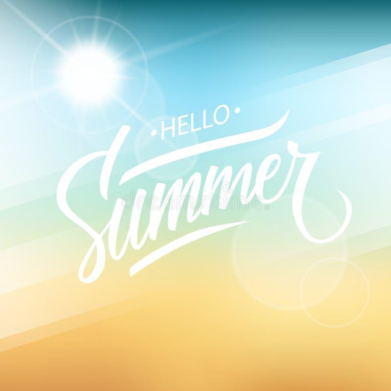 Ciao estate Progettazione disegnata a mano del testo dell'iscrizione con il fondo vago della spiaggia di estate royalty illustrazione gratis