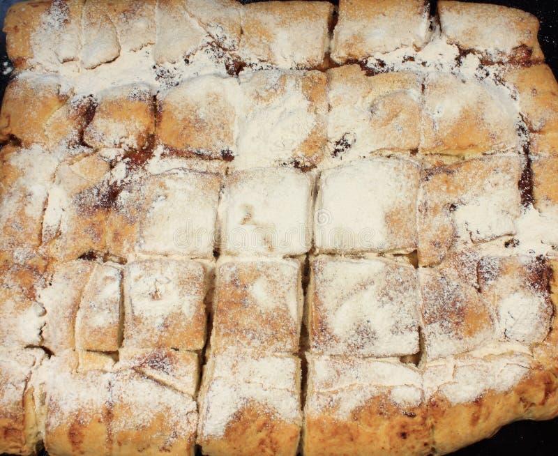 Download Ciastka pudrujący cukier obraz stock. Obraz złożonej z sproszkowany - 53791625