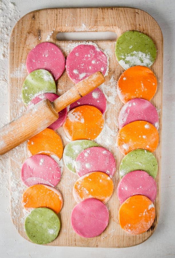 Ciasto dla barwionego pierożka zdjęcie royalty free