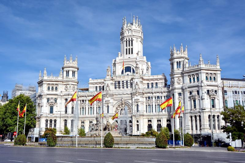 Cibeles-Brunnen und Palacio de Comunicaciones, Madrid, Spanien lizenzfreie stockfotos