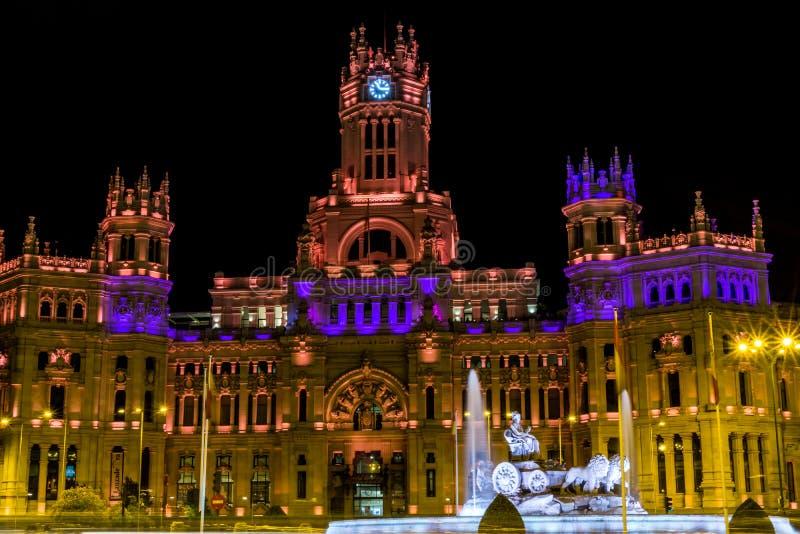 Cibeles De Telecomunicaciones w Madryt i Palacio zdjęcia royalty free