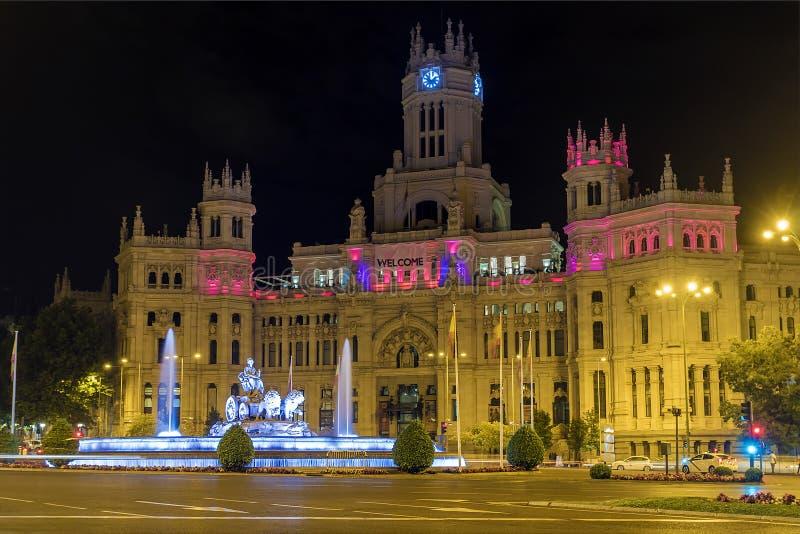 Cibeles esquadra (Plaza de la Cibeles) no Madri fotografia de stock royalty free