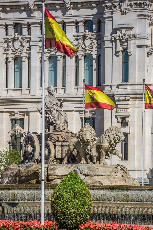 Cibeles statuy Madryt fontanna w Paseo De Castellana przy Hiszpania obraz royalty free