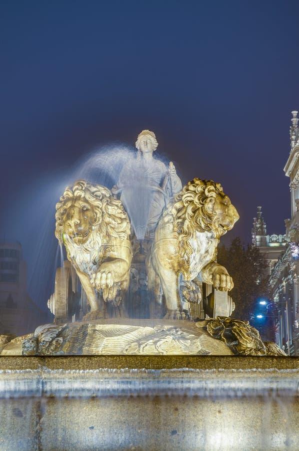 cibelesspringbrunn madrid spain arkivfoto