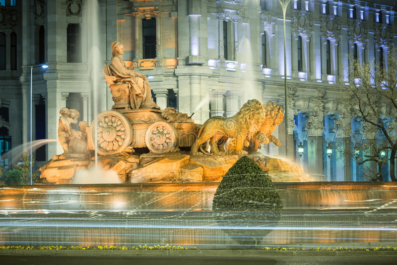 cibelesspringbrunn madrid spain royaltyfri bild