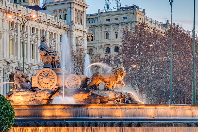 cibelesspringbrunn madrid spain royaltyfria bilder