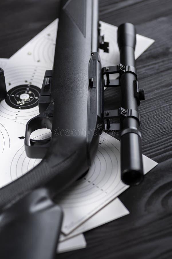 Cibles de tir percées photos stock