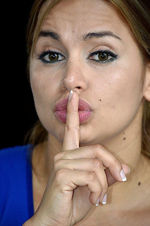 Cicha Piękna Dorosła kobieta zdjęcie stock