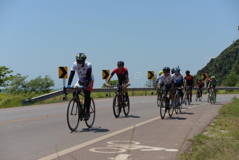 Ciclista amador competem em um programa da caridade imagem de stock royalty free