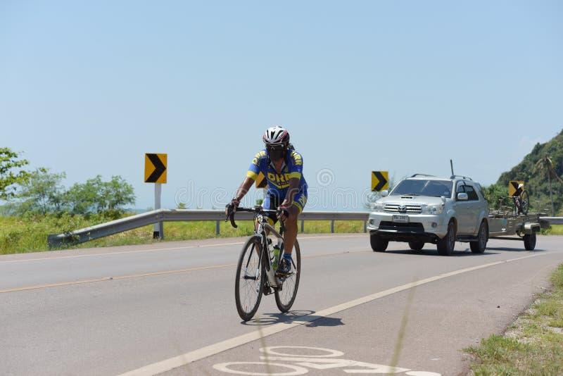Ciclista amador competem em um programa da caridade fotografia de stock royalty free