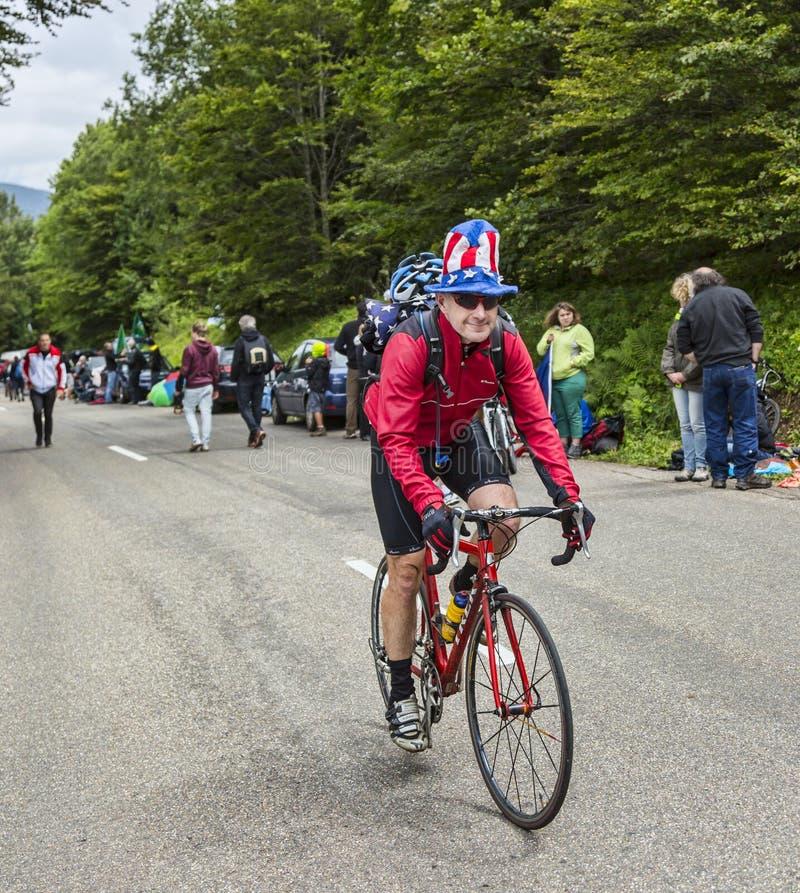 Ciclista amador engraçado foto de stock