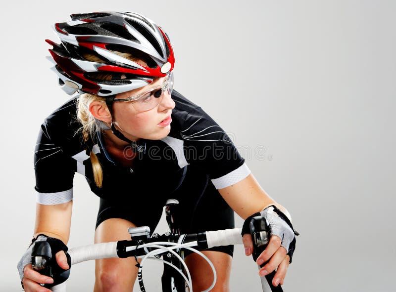 Ciclista de la raza de la bici del camino imagen de archivo