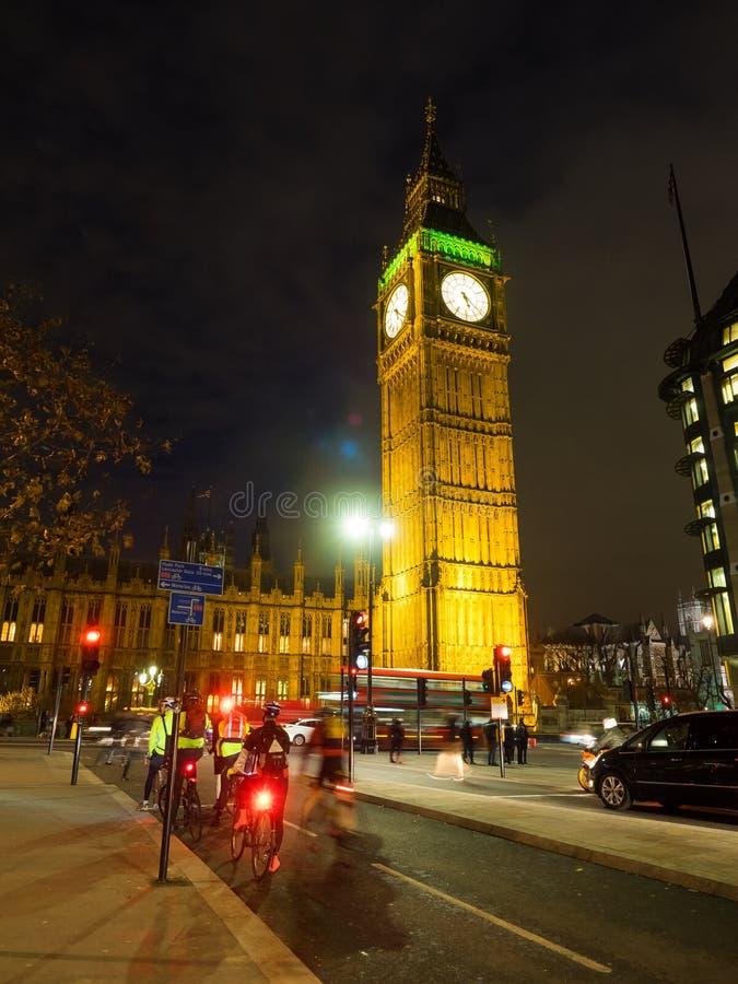 Ciclisti a Big Ben fotografia stock
