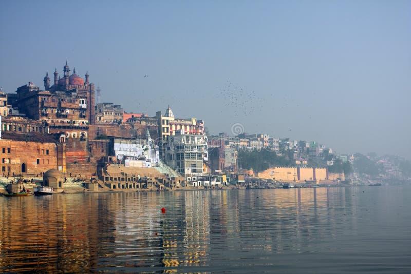 Cidade índia santamente Varanasi imagens de stock
