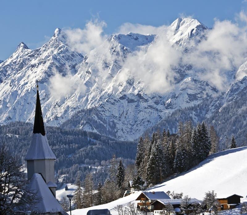 Cidade alpina imagem de stock royalty free